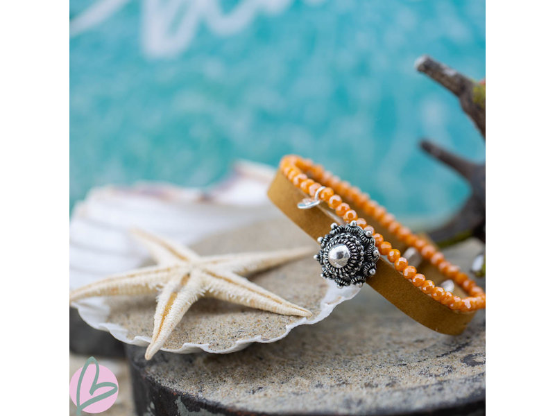 Zeeuws Oker leren armband zeeuwse knop en oranje armband