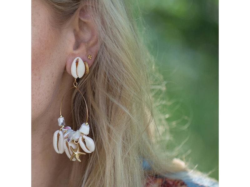 Biba Witte schelp oorbellen