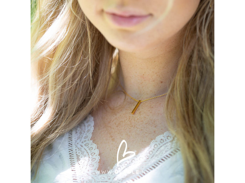 KARMA Necklace Tube Vertical Gold