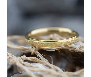 Charmins Stalen gouden ring sanded