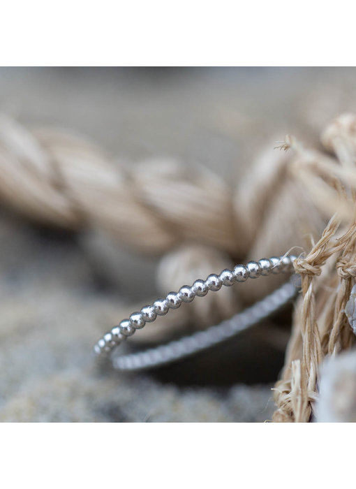Charmins Fijne ring bolletjes zilver