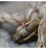 Charmins Ring goud roze steentje