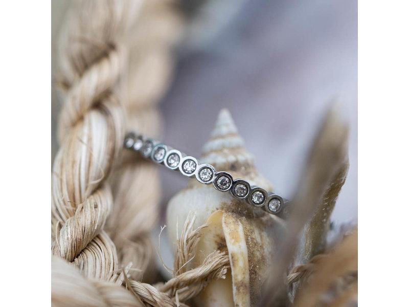 IXXXI Small circle Stone ring zilver ixxxi