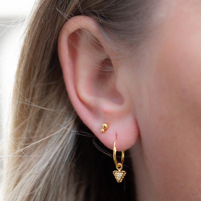 KARMA Goud oorbellen met driehoek en bolletjes