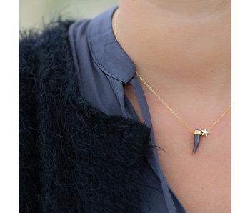 ZAG  Bijoux ketting goud met grijze haaientand en ster