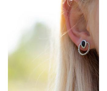 Beadle zilver oorbellen met zwarte druppel
