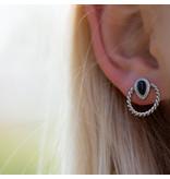 Beadle zilver oorbellen met zwarte druppel en rondjeilveer