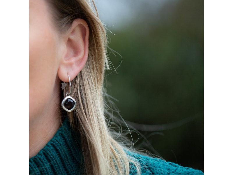 Viva Zilveren oorbellen met bruine steen