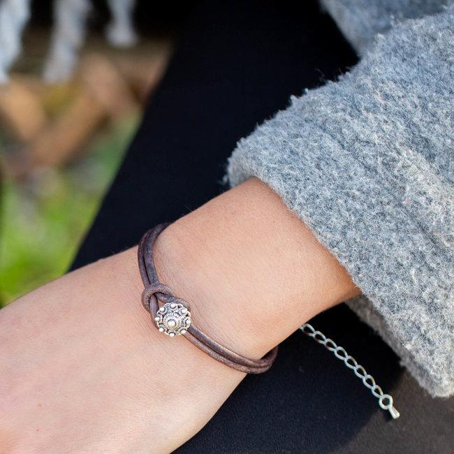 Zeeuws Bruine vintage leren armband zeeuwse knop