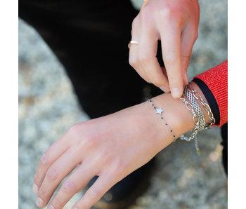 KalliKalli Zilver ster armband met zwarte kraaltjes
