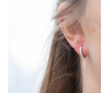 KARMA Zilver klik oorbellen met crystal zirconia steentjes