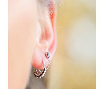 KARMA Zilver oorbellen zwarte steentjes of ketting