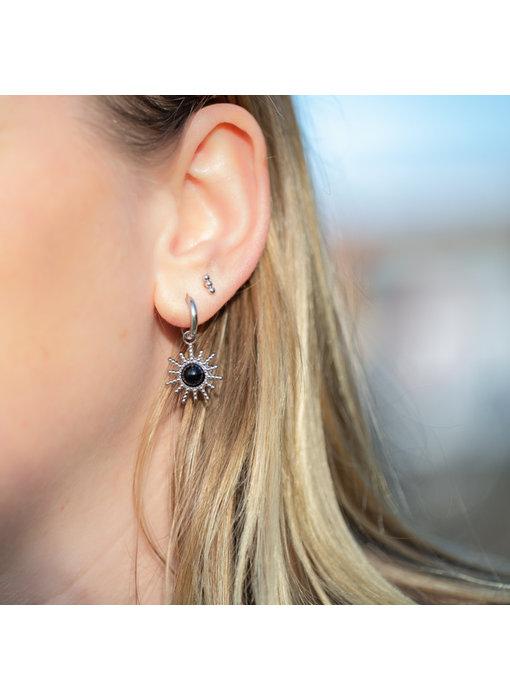 Beadle Zilver oorbellen zon met zwarte steen