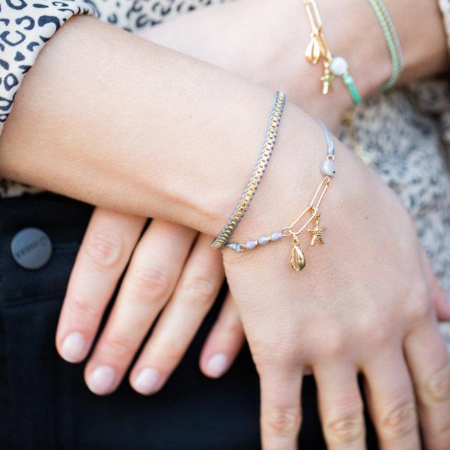 Biba Zomerse grijze armbanden met schelp