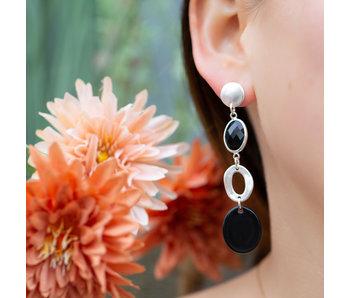 Biba Matzilver lange oorbellen met zwarte schijf