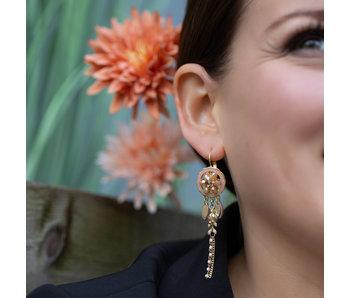 Biba Gypsy bohemian oorbellen beige bloem