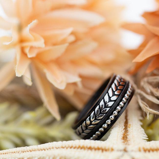 IXXXI Complete IXXXI ring zilver zwart braided