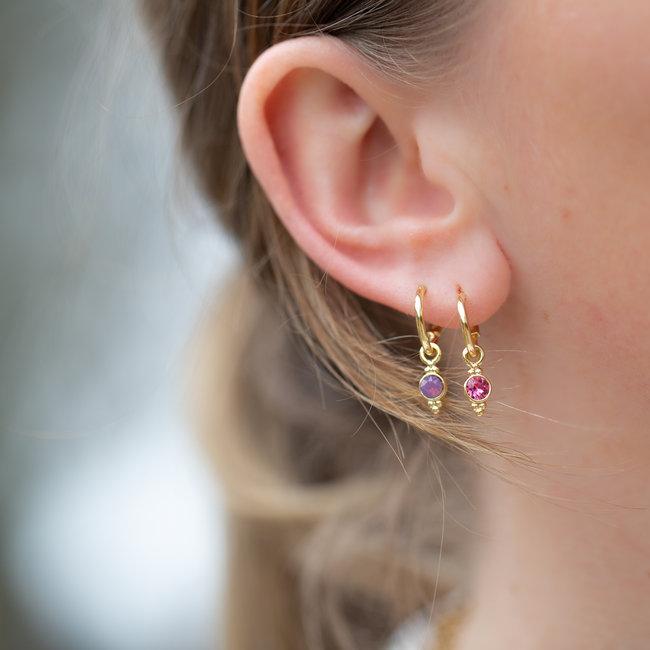 Biba Biba gouden oorringen met een crystal steen in lila en donkerroze