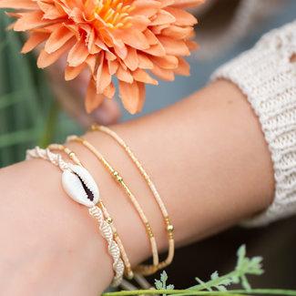 Biba Vrolijke nude armbanden set met schelp van Biba