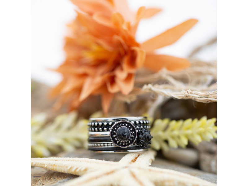 IXXXI Complete ixxxi ring gypsy vintage black
