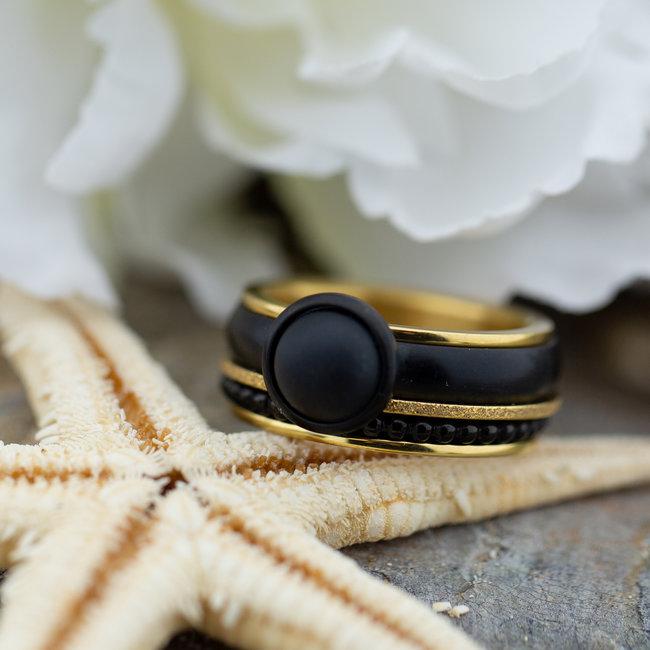 IXXXI Complete goud ring met zwarte steen