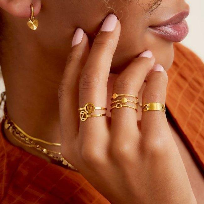 Beadle Initial ring goud
