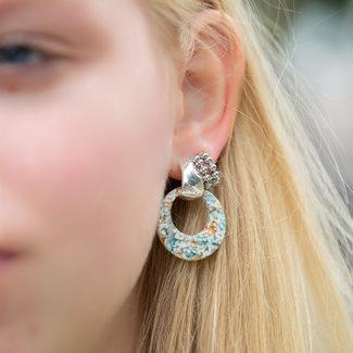 Biba Turquoise beige oorbellen en zilveren bollen