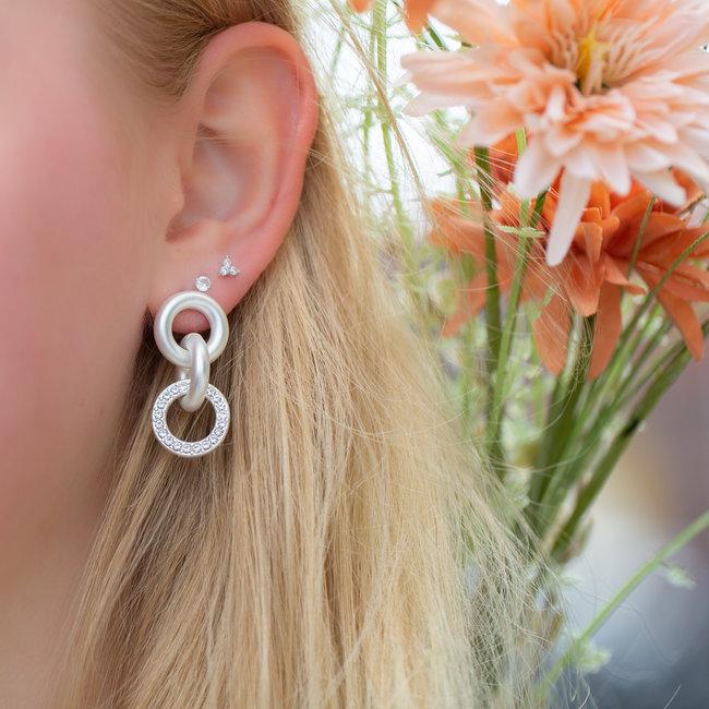 Biba Matzilver oorbellen met glinsterende steentjes