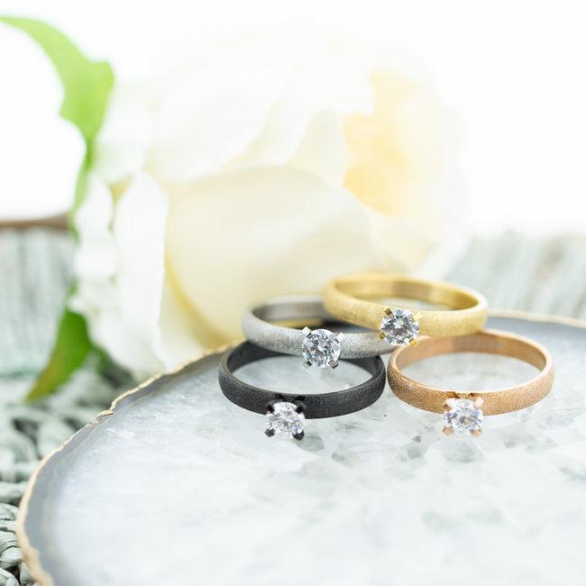 IXXXI Los te dragen ringen Estelle