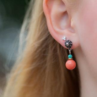 Zeeuws Zeeuwse knop oorbellen met koraal tint bolletje