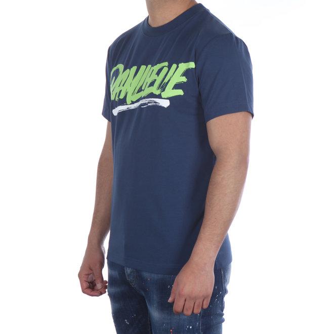 Banlieue | T-shirt blauw met groen logo |  Script Print Navy