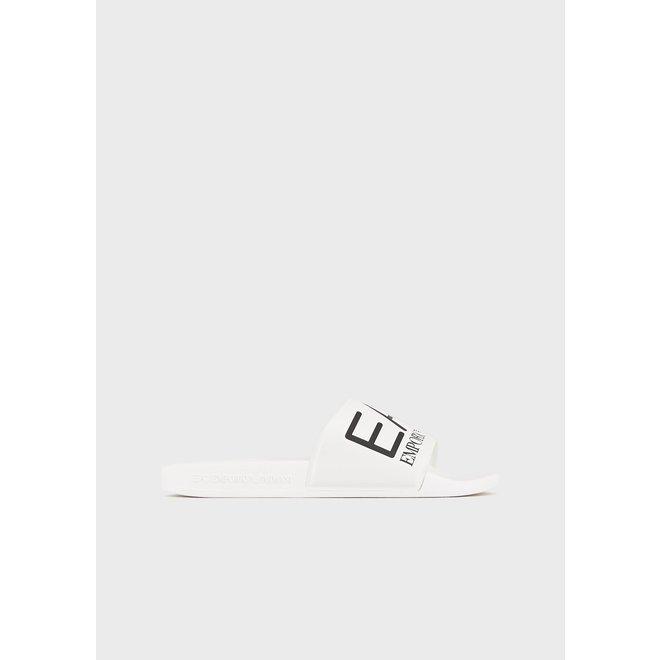 EA7   Sliders maxi logo   Wit