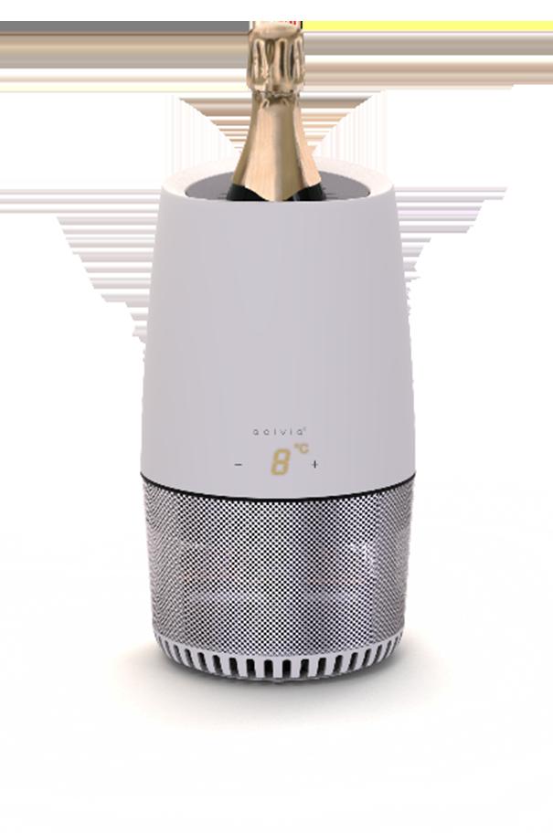 The QelviQ Smart Wine Cooler cooling Champagne.