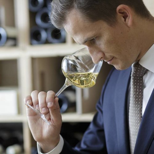 "Vision of Top-sommelier Raimonds Tomsons: ""Room temperature remains a classic mistake"""