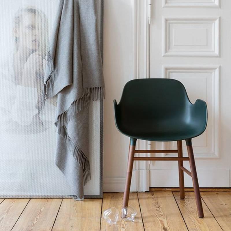 Normann Copenhagen Form Armchair Walnoot