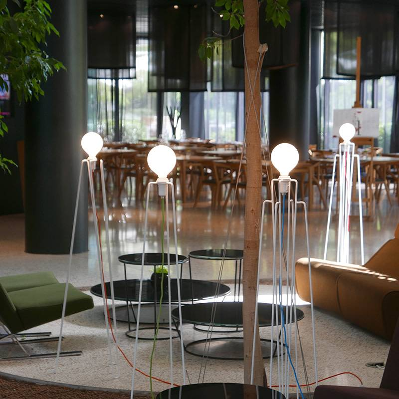Grupaproducts Vloerlamp Model2 wit