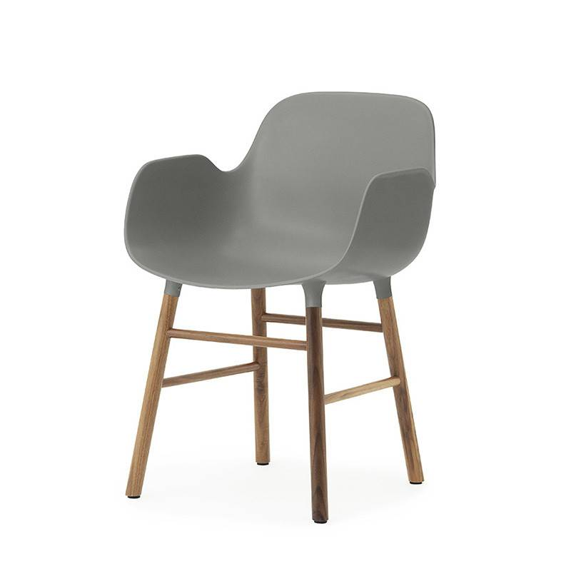 Normann Copenhagen Form Armchair bois de noyer