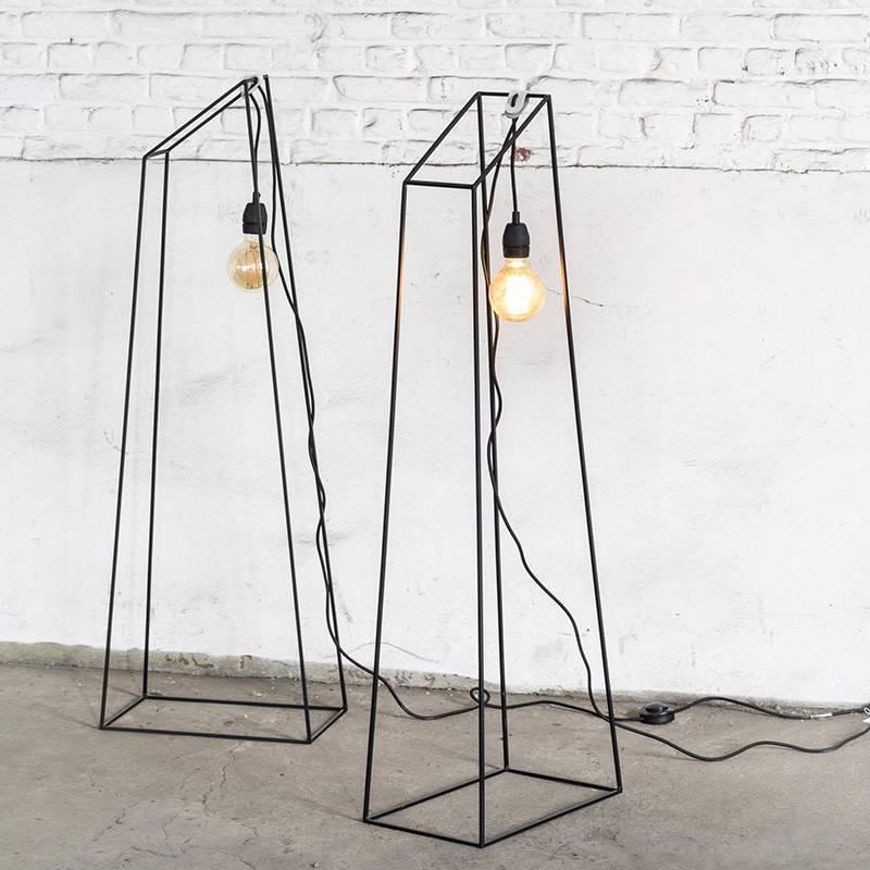 Serax Lamp Just A Light Pyramide zwart