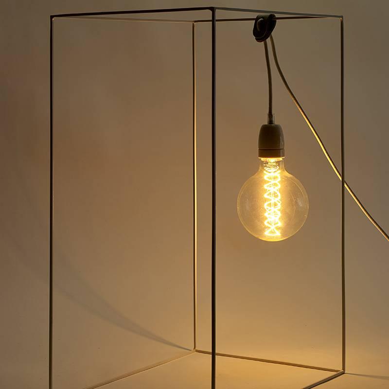 Serax Lampe Just A Light Pyramide blanc