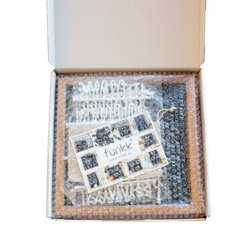 Funkk Tableau à lettres S feutre noit cadre chêne (incl. lettres)