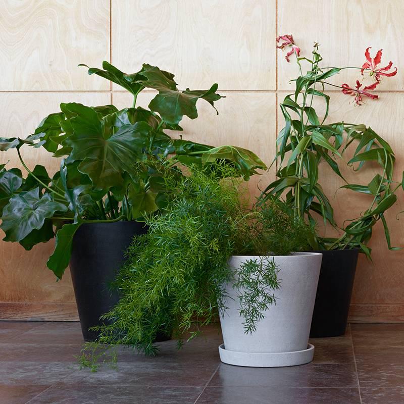 HAY Pot de fleurs avec échelle en polybéton