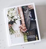 Other brands Le livre de mariage: nous nous marions! Pop The Question