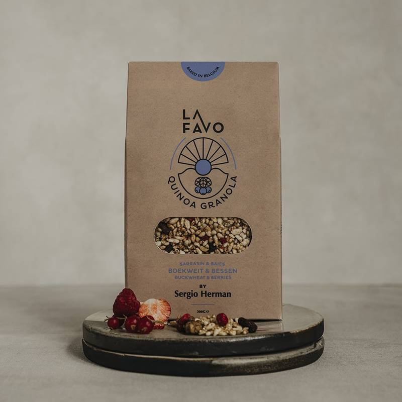 La Favo Granola Boekweit & bessen by Sergio Herman