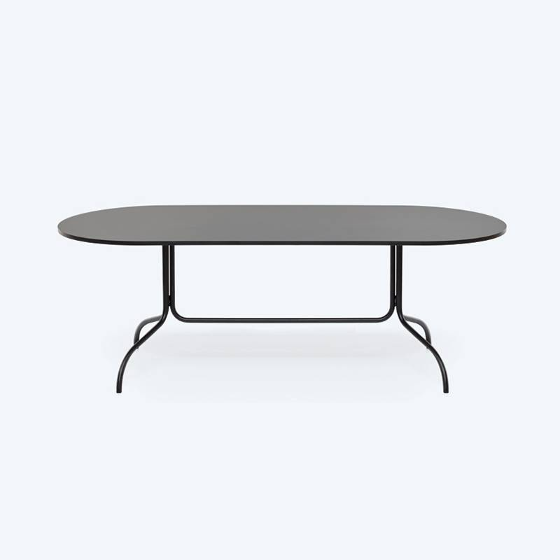 Fest Amsterdam Friday 210cm ovale table