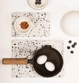 OK Design Assiette en terrazzo blanc confetti