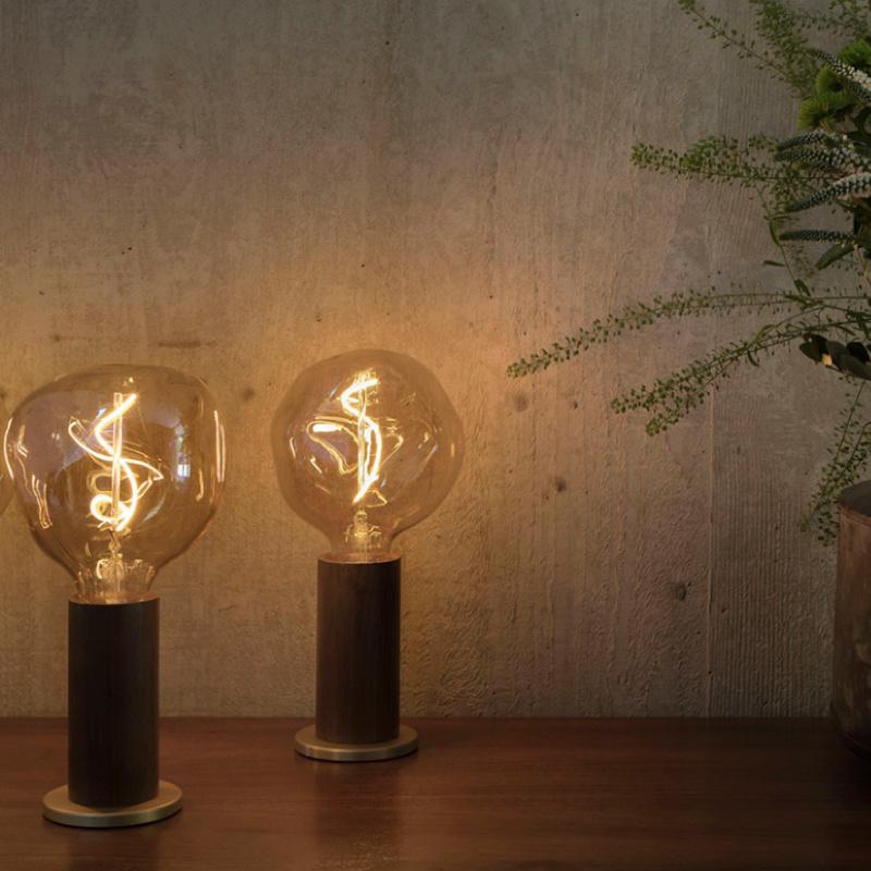 Tala LED Walnut Touch tafellamp