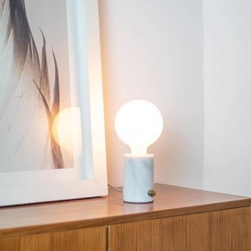 Edgar Orbis tafellamp marmer