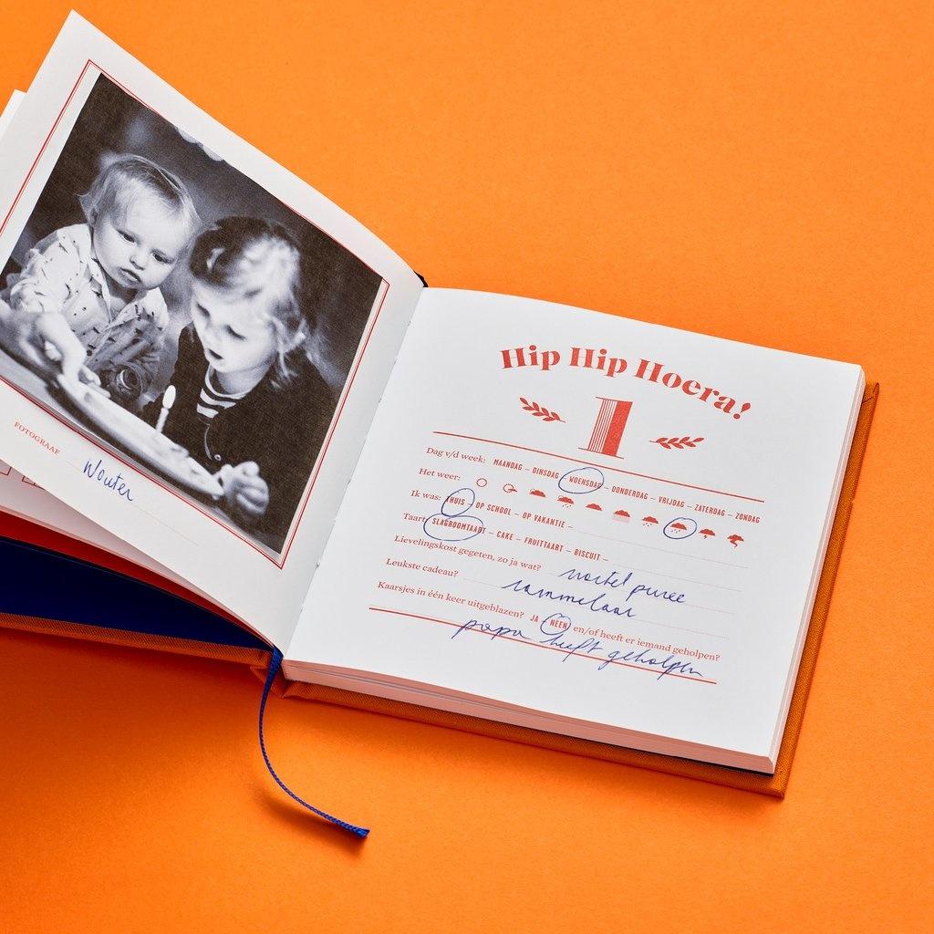 Stratier Logboek & fotoalbum Hip hip hoeraa