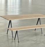 HAY Pyramid tafel 02 (zwart onderstel, mat gelakt eik) FAST TRACK