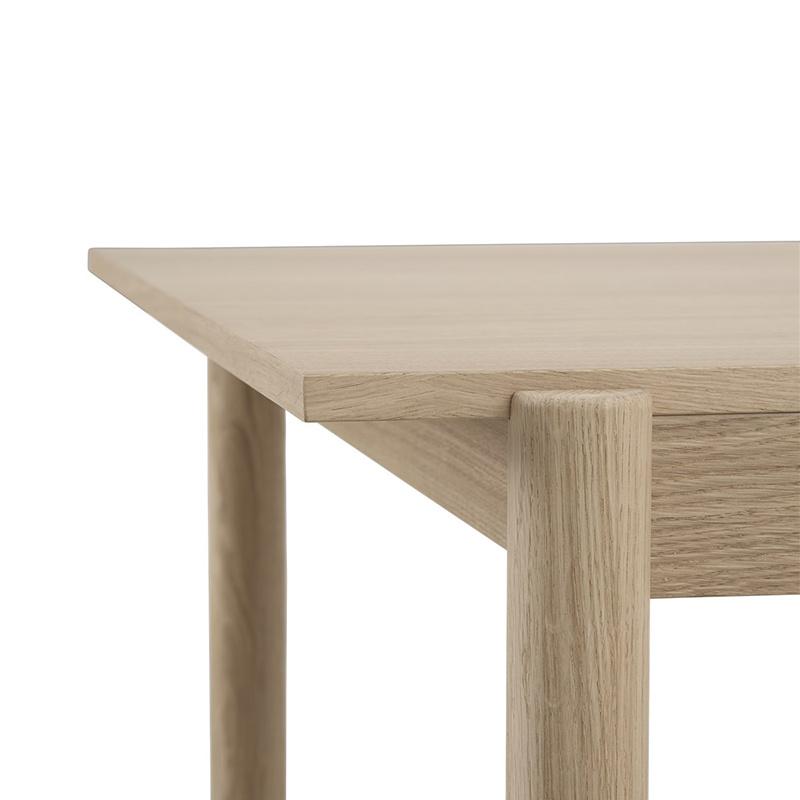 Muuto Linear Table  chêne
